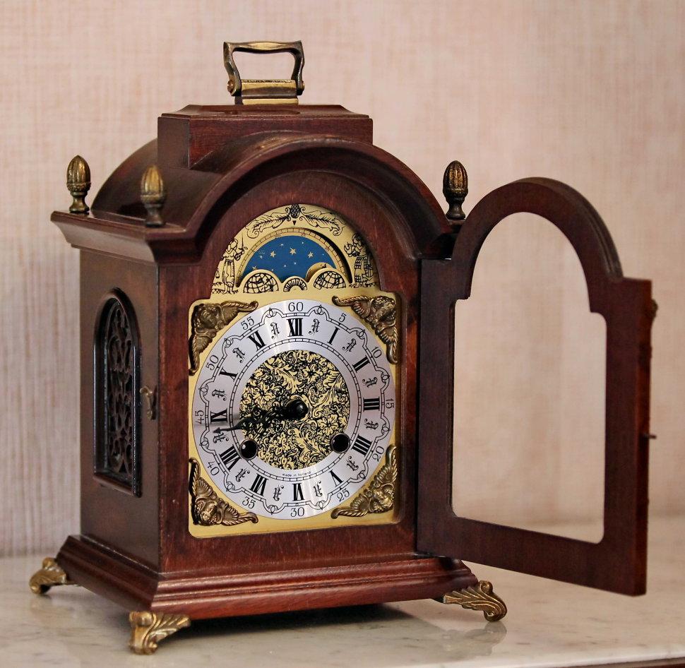 Антикварных часов оценка каминные продам часы